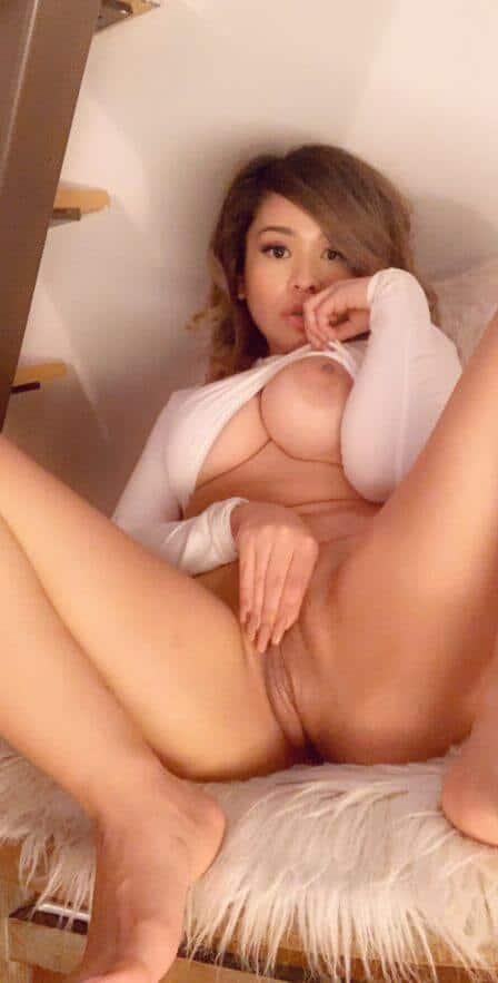 alva jay snapchat photo showing pussy